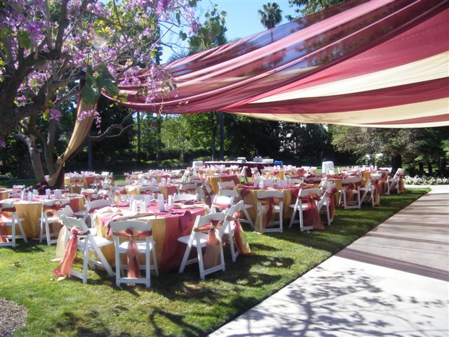 Pickwick Gardens (Garden wedding)
